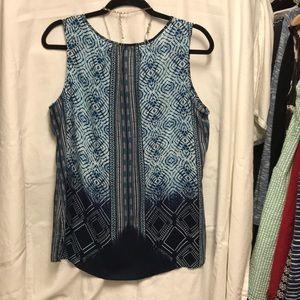Rose & Olive Tops - Sleeveless blouse blues with white EUC size L